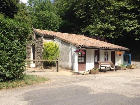 Camping Du Pré Coulet, Saint Pierreville