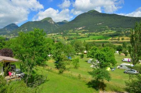 Camping Le Champ De La Chèvre, Lus La Croix Haute