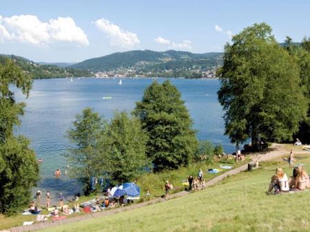 Camping Le Clos De La Chaume, Corcieux