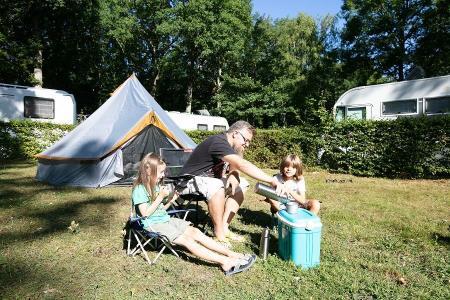 Camping Le Bois Guillaume, Villeneuve-les-Genêts