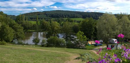 Camping L'Etang De La Fougeraie, Saint-Léger-de-Fougeret