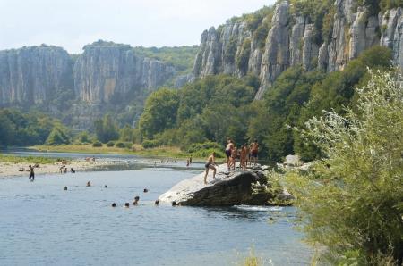 Camping La Vignasse, Berrias-et-Casteljau