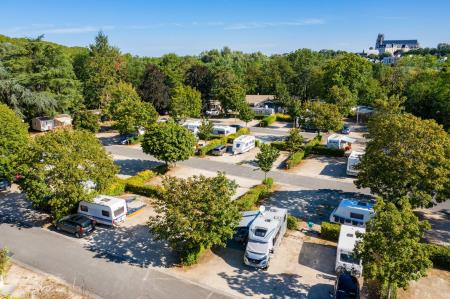 Camping Robinson, Bourges