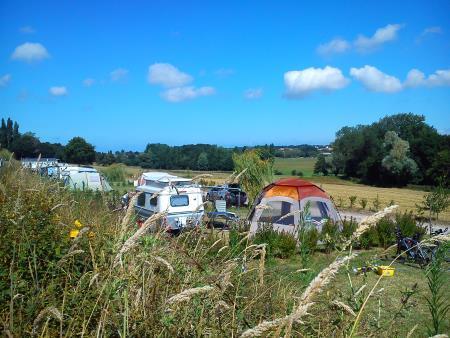 Camping La Frèche À L'Ane, Pleboulle